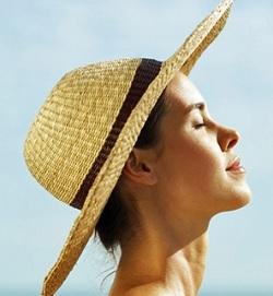 11 Cara Memakai Sunblock yang Benar