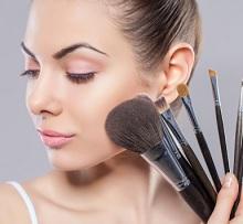10 Cara Membersihkan Brush Make Up Dengan Benar