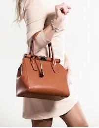 7 Jenis Tas Wanita yang Banyak Digunakan