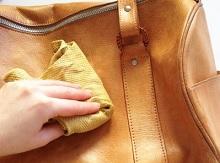 5 Cara Membersihkan Tas Tangan Wanita