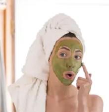 5 Manfaat Masker Matcha Untuk Wajah