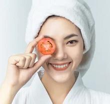 9 Cara Menghilangkan Bintik – Bintik Di Wajah Dengan Tomat Secara Alami