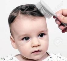 6 Cara Merawat Rambut Bayi Agar Hitam Dan Lebat Alami